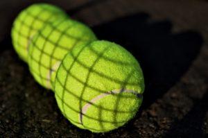 tennis-balls-1659737_1280